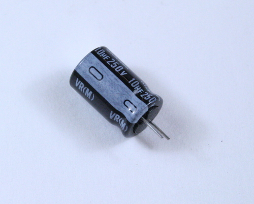 Picture of UVR2E100MPA1CA NICHICON capacitor 10uF 250V Aluminum Electrolytic Radial