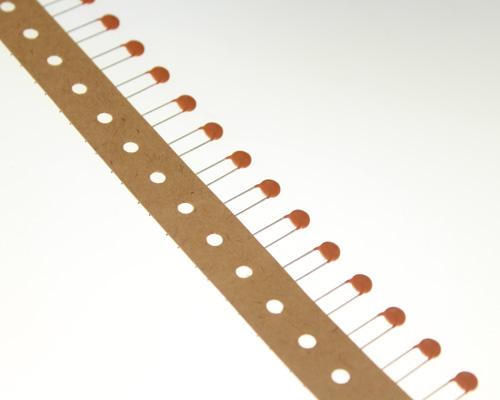 Picture of GP322TR Mallory capacitor 220pF 1000V Ceramic Disc