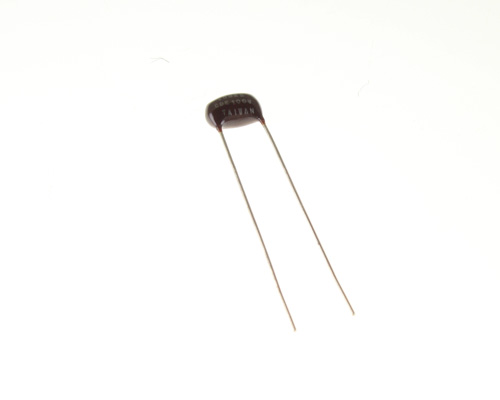 Picture of DMT1D22 CDE capacitor 0.0022uF 100V Film polyester Radial