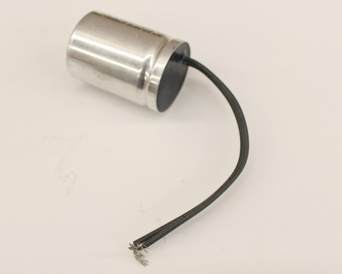 Picture of M72A2805M21 AEROVOX capacitor 5uF 280V Film Metallized Polypropylene Radial