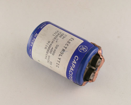 Picture of 23H201M400BB1H1 GENERAL ELECTRIC capacitor 200uF 400V Aluminum Electrolytic Large Can Computer Grade