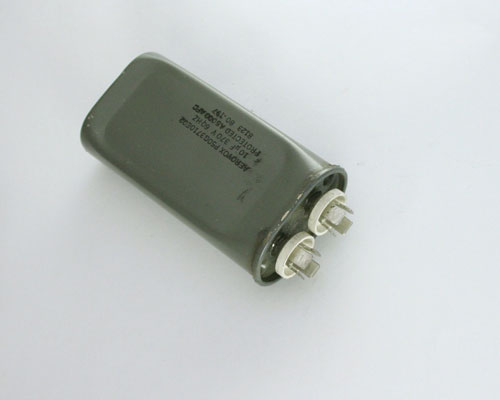 Picture of P50G3710E02 AEROVOX capacitor 10uF 370V Application Motor Run