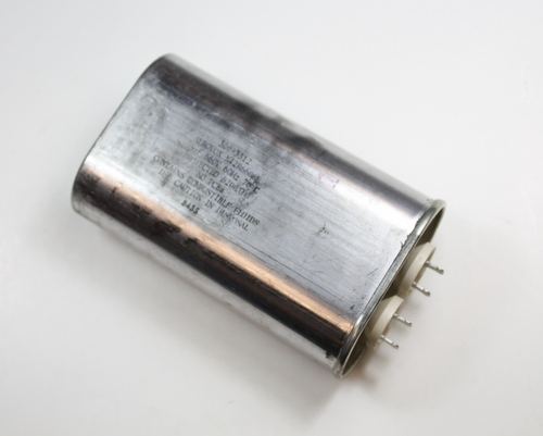 Picture of N42R6606E AEROVOX capacitor 6uF 660V Application Motor Run
