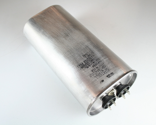Picture of 26F1034 GE capacitor 8uF 660V Application Motor Run
