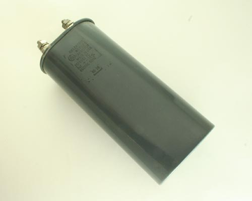 Picture of 26F6902FC GE capacitor 8uF 660V Application Motor Run