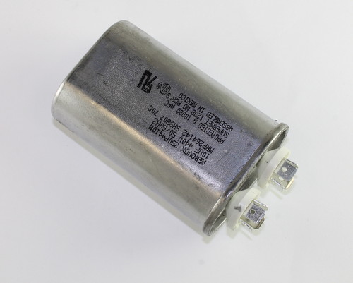 Picture of Z50P4410M AEROVOX capacitor 10uF 440V Application Motor Run