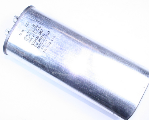 Picture of 21L6026 GE capacitor 8uF 660V Application Motor Run