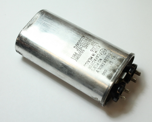 Picture of 61L316 GENERAL ELECTRIC capacitor 7uF 660V Application Motor Run