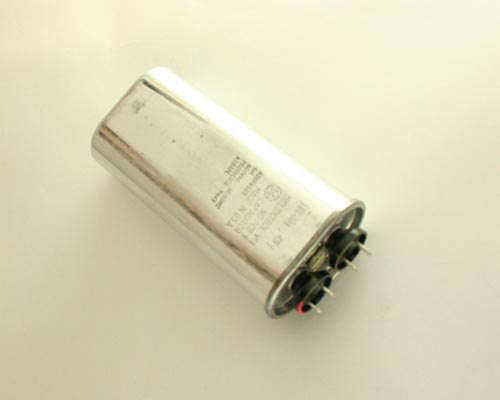 Picture of A26F6623 GENERAL ELECTRIC capacitor 6uF 660V Application Motor Run