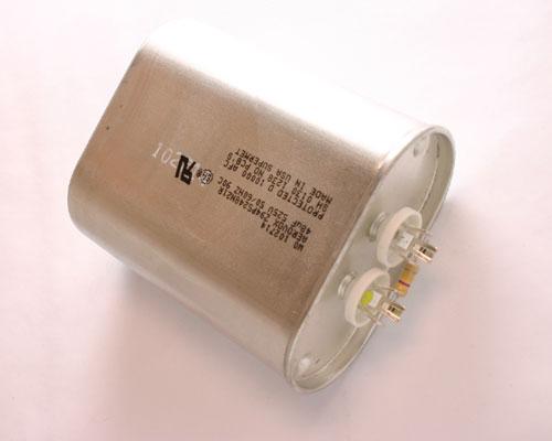 Picture of Z94P5248N21R AEROVOX capacitor 48uF 525V Application Motor Run