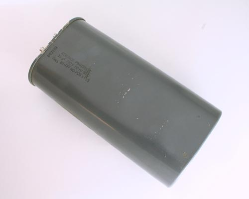 Picture of P94G7010E AEROVOX capacitor 10uF 700V Application Motor Run