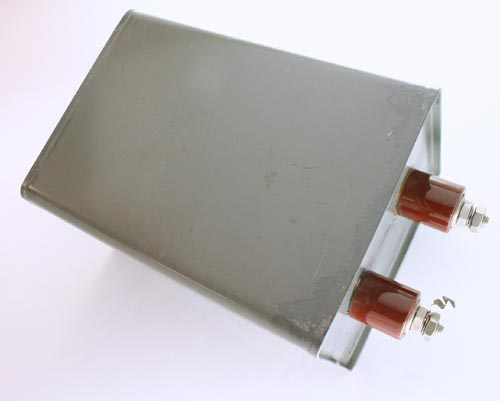 Picture of CP70E1EJ106K1 SANGAMO capacitor 10uF 2000V Oil Hermetically Sealed Radial