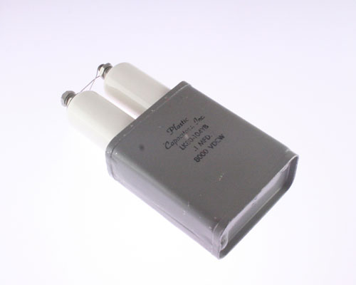 Picture of LK80-104YB PLASTIC CAPACITORS capacitor 0.1uF 8000V OIL Hermetically Sealed Radial