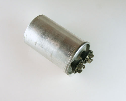 Picture of 97F4531 GE capacitor 6uF 370V Application Motor Run
