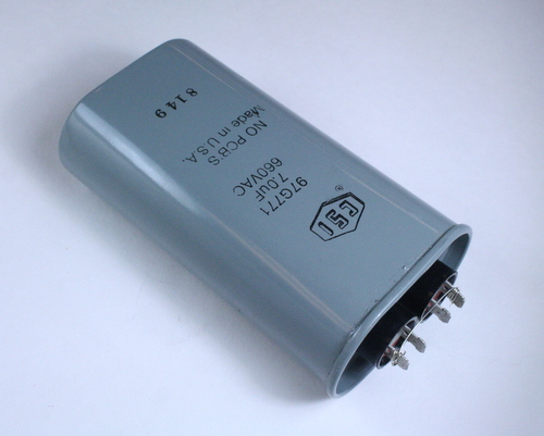Picture of 97G771 CSI capacitor 7uF 660V Application Motor Run
