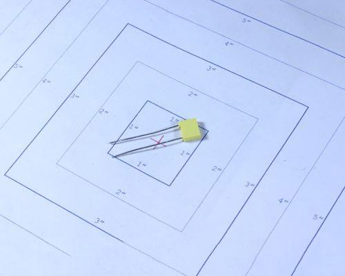 Picture of BF014I0332JDB THOMSON capacitor 0.0033uF 400V Film Metallized Polyester Radial