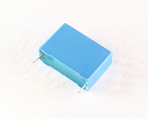 Picture of B325224Q1685K EPCOS capacitor 6.8uF 100V Box Cap RADIAL