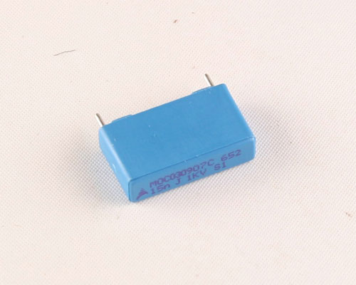Picture of B32652A153J3M1 EPCOS capacitor 0.015uF 1000V Film Metallized Polypropylene Radial