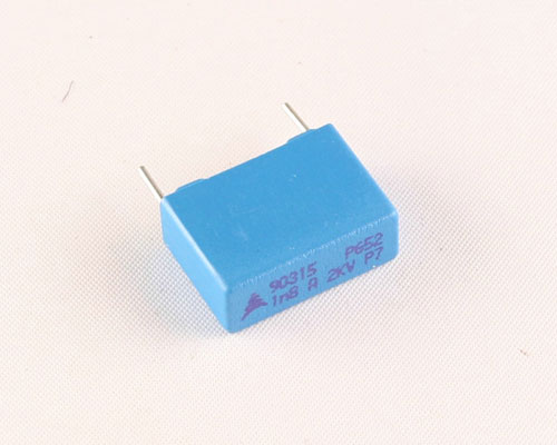 Picture of B32652A2182A EPCOS capacitor 0.0018uF 2000V Film Radial