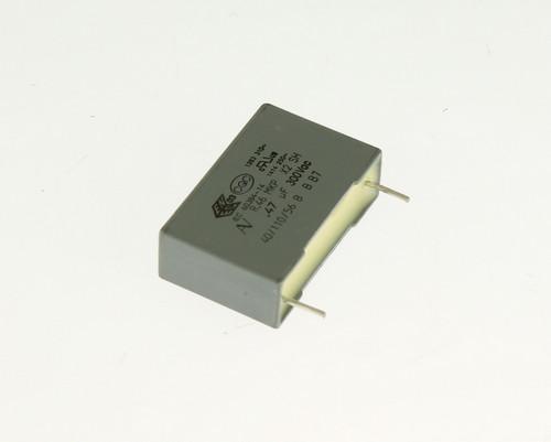 Picture of R463N347000M1M KEMET capacitor 0.47uF 300V Box Cap Polypropylene