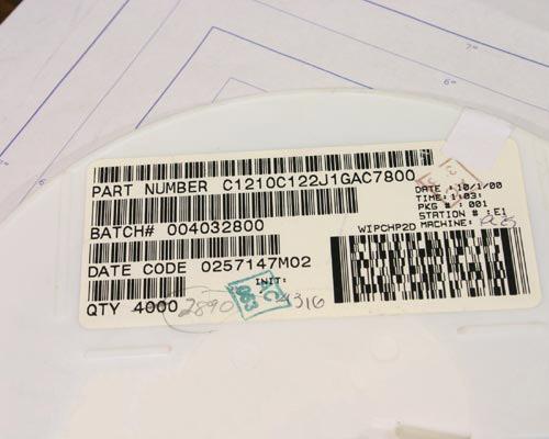Picture of C1210C122J1GAC KEMET capacitor 0.0012uF 100V Ceramic Surface Mount