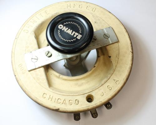 Picture of RTS600 OHMITE potentiometer 600 Ohm, 750W Rheostat 750 Watt