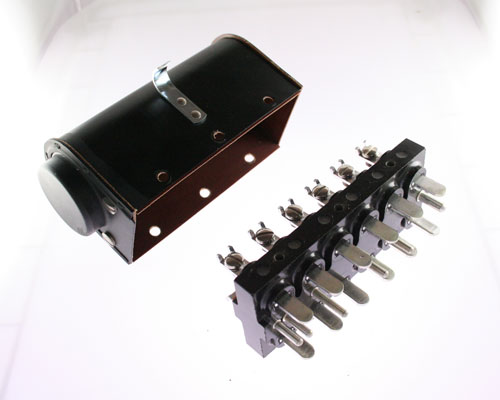 Picture of P-512-CCE CINCH connector Industrial Plugs