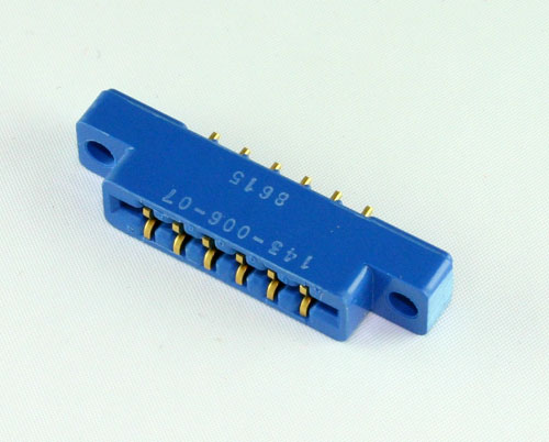 Picture of 143-006-07 Amphenol connector PC Board Card Edge