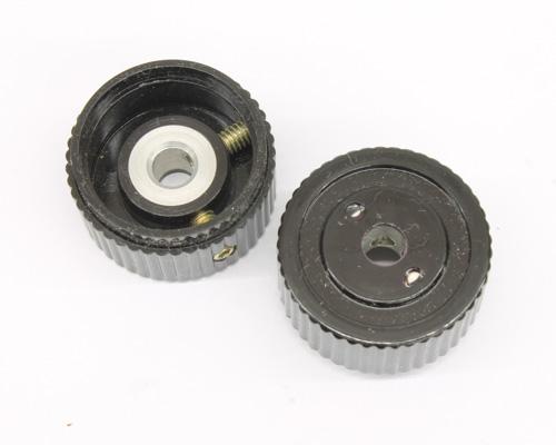 Picture of 125-3CB-2 RAYTHEON knob plastic Skirted