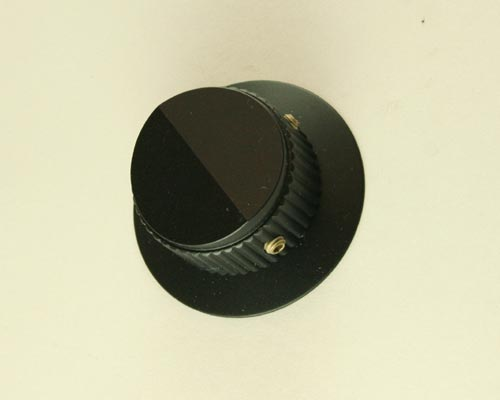Picture of 125-3NP-2G RAYTHEON knob plastic Skirted