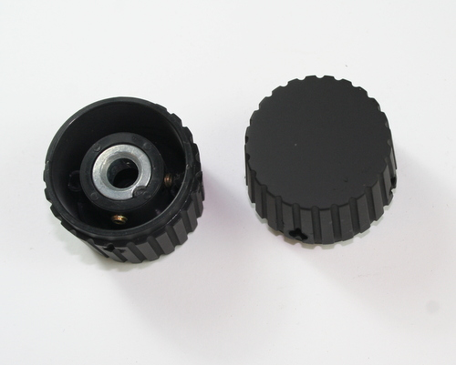 Picture of 412-R2-K1 RAYTHEON knob plastic Ribbed