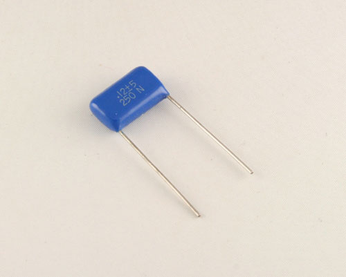 Picture of RM124J250V.6 BYAB capacitor 0.12uF 250V Film Polyester Radial