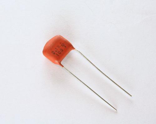 Picture of RM104K100V-0.43 THOMSON capacitor 0.1uF 100V Film Radial