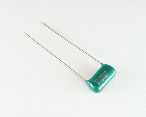 Picture of RM823K200V-0.55 EM capacitor 0.082uF 200V Film Radial