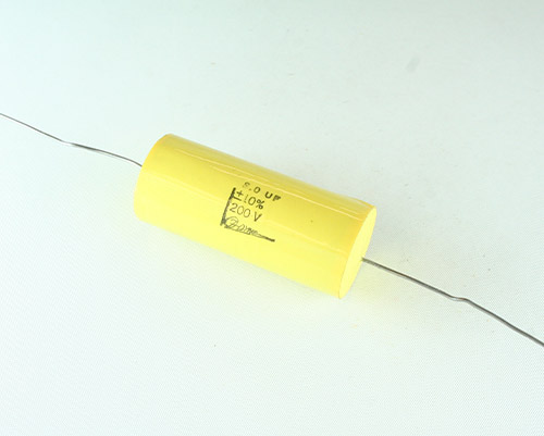 Picture of PC-8-200-10 F-DYNE capacitor 8uF 200V Film Polycarbonate Axial