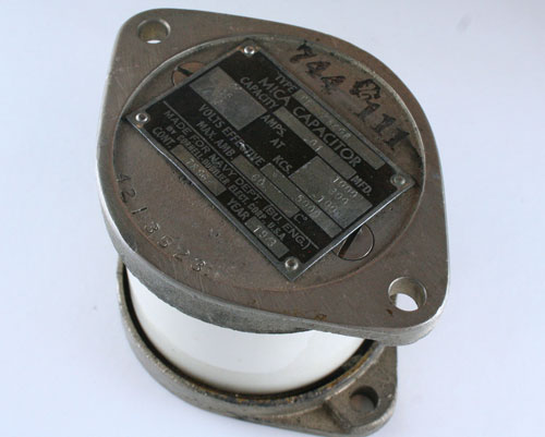 Picture of CD48408 CDE capacitor 0.01uF 5000V Silver Mica Transmitting