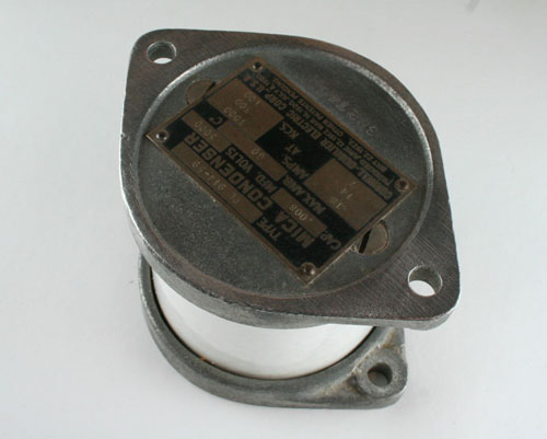 Picture of PL914-59 CDE capacitor 0.008uF 6000V Silver Mica Transmitting