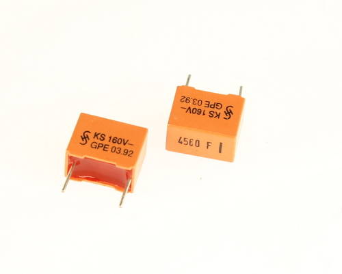 Picture of B31521-B1452-F600 SIEMENS capacitor 0.00456uF 160V Film Metallized Polyester Radial