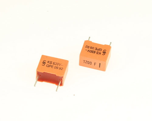 Picture of B31521-A6122-F EPCOS capacitor 0.0012uF 630V Film Metallized Polyester Radial