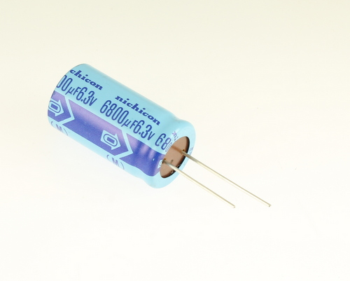 Picture of UNA0J682MBA NICHICON capacitor 6,800uF 6.3V Aluminum Electrolytic Radial