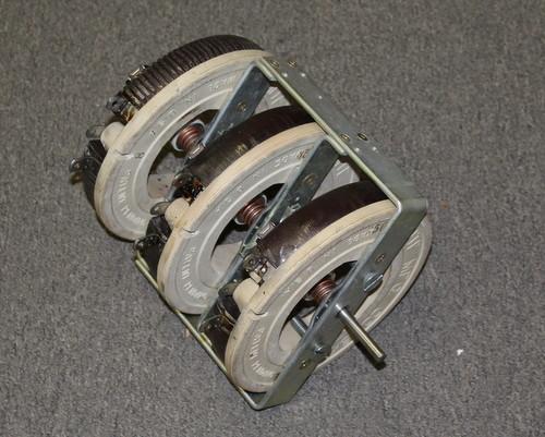 Picture of R8-500-500-500W-2-F-3GANG OHMITE potentiometer 500 Ohm, 500W Rheostat 500 Watt