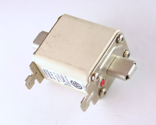 Picture of knife blade fuses.