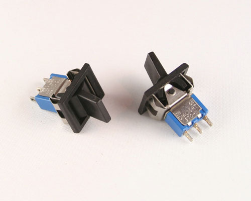Picture of 572-1121-0804-040 DIALIGHT switch Toggle  Miniature