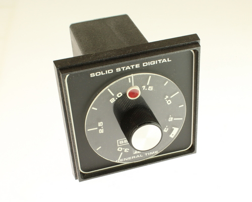 Picture of timer relays.