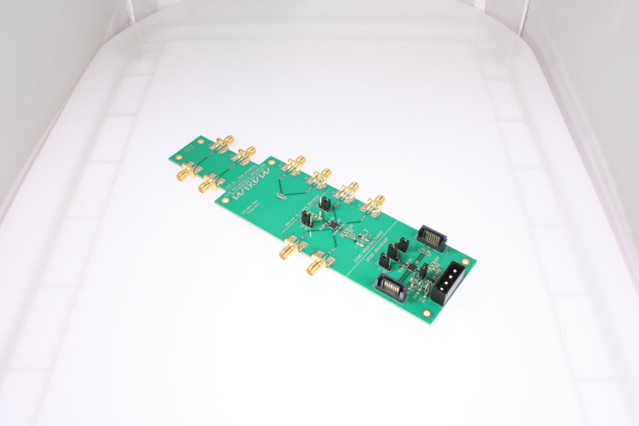 Picture of MAX4951AEEVKIT MAXIM Development kit