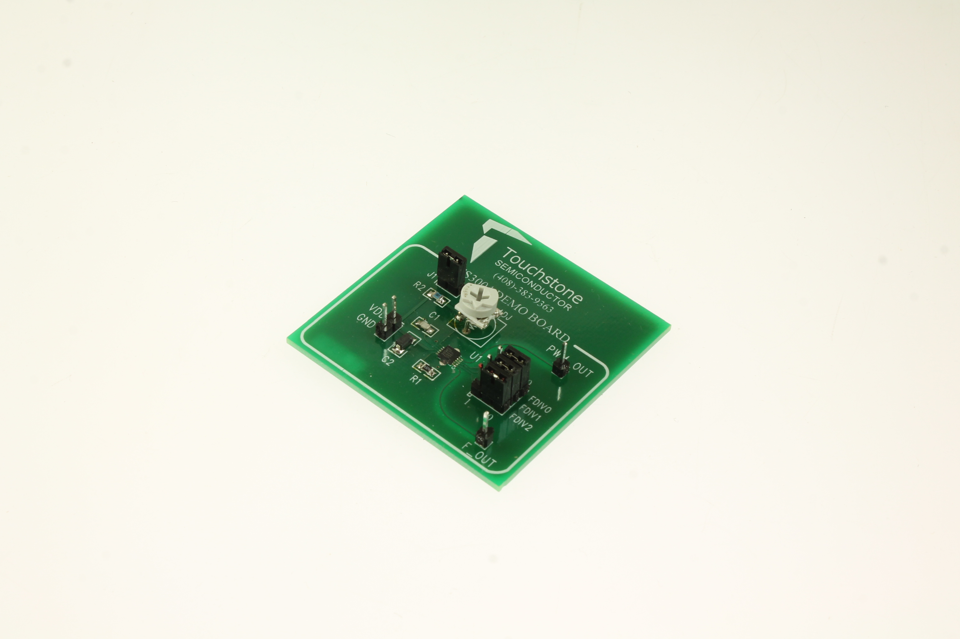 Ts3004db Silicon Labs Development Kit 2098001370 Circuit Board Picture Of