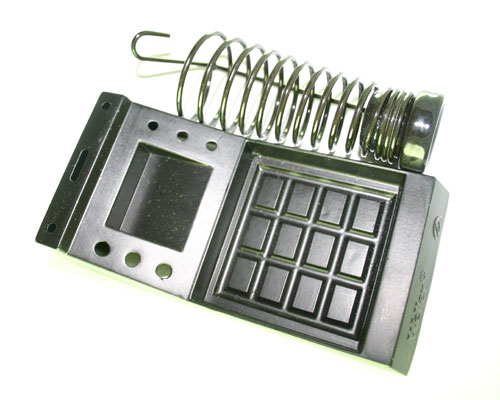 Picture of soldering equipment > holder kit.
