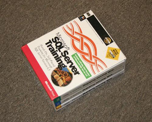 Picture of MS SQL SERV 6.5 MICROSOFT PRESS books and manuals