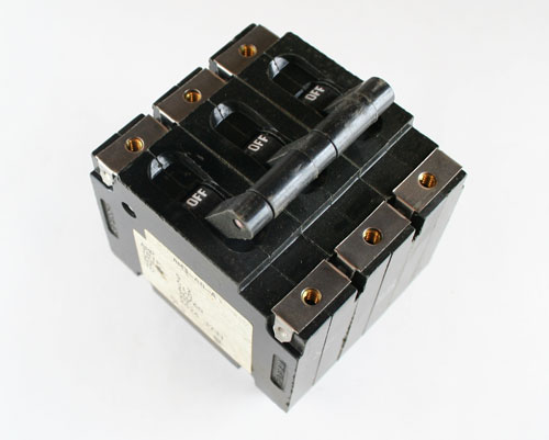 Picture of AM3-A8-A HEINEMANN CIRCUIT BREAKER